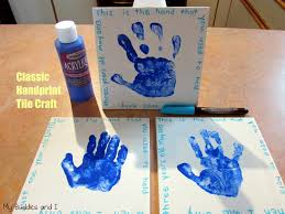 handprint tile craft for the kids to make some kid craftiness