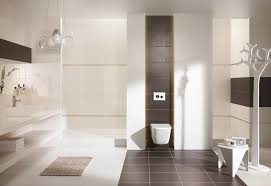 badezimmer trends fliesen badezimmer geräumiges bodenfliesen badezimmer modern badezimmer