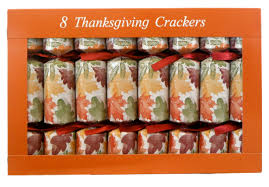 give thanks family gathering thanksgiving crackers