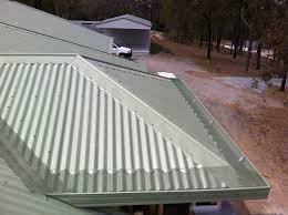 Metal Roof On Houses Pictures by Roofing Smart Option To Use Corrugated Metal Roofing Prices For