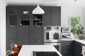 two tone kitchen cabinets with black countertops 21 ways to style gray kitchen cabinets