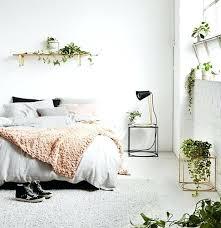 d馗o chambre femme deco chambre femme linge de lit couleur grise et tapis deco
