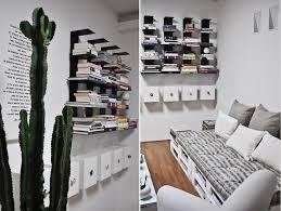 canapé avec palette un salon blanc bricolé avec un canapé en palettes quand canapé en