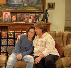 new look for roseanne barr 2015 with blonde hair new look at roseanne and john goodman from roseanne reboot daily