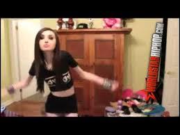 Skinny Girl Meme - skinny girl trying to teach how to twerk o o youtube