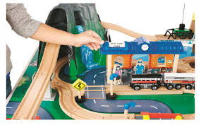 imaginarium train table 100 pieces imaginarium mountain rock train table only 99 99 free ship to store