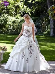 robe de mari e rennes les 25 meilleures idées de la catégorie robe de mariée bordeau sur