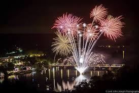 pictures of night lights lambertville new hope fireworks friday night lights on the river