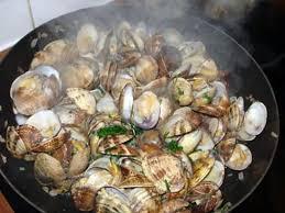 cuisiner des palourdes fraiches recette de palourdes à la poêle