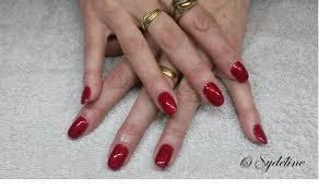 dessin sur ongle en gel nail art création pose de gel sur ongles naturels