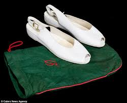diana shoes a pair of shoes worn by princess diana go the hammer daily