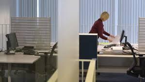 bureau des finances un quart du personnel du spf finances en télétravail 7sur7 be