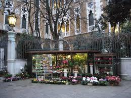 flower shops in file flower shop in venezia jpg wikimedia commons
