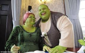 green envy couple dress shrek princess
