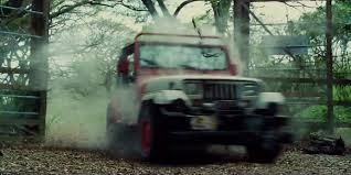 jurassic world jeep imcdb org 1992 jeep wrangler sahara yj in jurassic world 2015