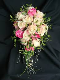 brides bouquet make your own bridal flowers wedding bouquets holidappy