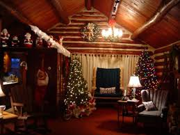 dazzling christmas in smoky mountains cabin using decorative