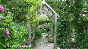 Living Trellis Grow Up 20 Ideas For Arbors Trellis Obelisks And More Hometalk