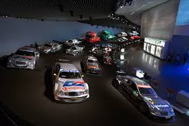 mercedes museum stuttgart interior file mercedes benz museum interior 5 2013 march jpg wikimedia commons