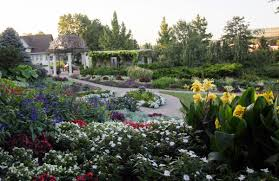 Sunken Gardens Family Membership Art In The Garden Offers Family Friendly Outdoor Space Arts