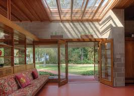 frank lloyd wright home interiors frank lloyd wright s adelman house in wisconsin receives gorgeous