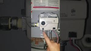 water heater will not light whirlpool gas water tank pilot wont light easy fix youtube