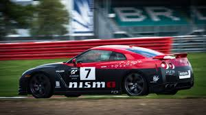nissan gran turismo racing expert gran turismo drivers can u0027t race in real life because they