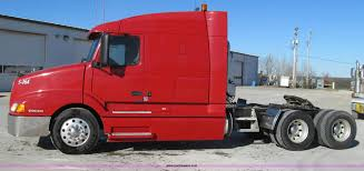 volvo heavy duty trucks for sale 2003 volvo vnl semi truck item g2184 sold december 19 c