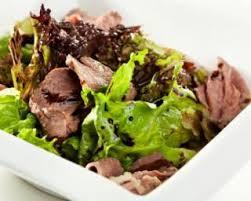 comment cuisiner des aiguillettes de canard recette de salade aux aiguillettes de canard spécial viande maigre