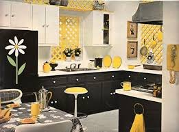 yellow and white kitchen ideas my kitchen i ve got the yellow walls black white cabinets