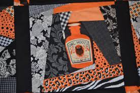 mod halloween quilt top u2013 mouse in my pocket