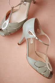 like your wedding shoes purrrty lacy sparkly keep reading retro