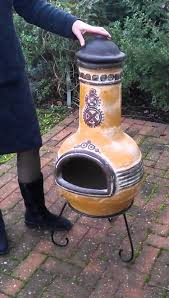 Cooking On A Chiminea Mexican Clay Chiminea Chimineashop Co Uk Youtube