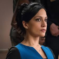 goodwife hair styles good wife kalinda goodbye hollywood reporter