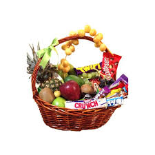 fruit basket gift fruit and chocolate basket gifts and flowers to qatar