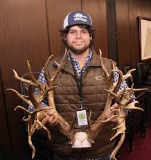 Tennessee how to become a travel agent images 47 point buck shot in tennessee to become world record