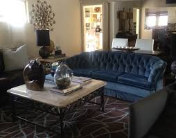 what goes with blue velvet sofa