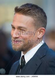 how to get thecharlie hunnam haircut legend of sword 2017 charlie hunnam stock photos legend of sword