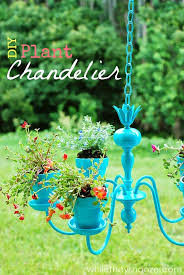 Repurposing Old Chandeliers Best 25 Chandelier Planter Ideas On Pinterest Garden Ideas Diy