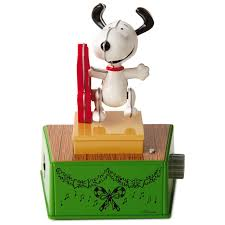 peanuts snoopy christmas dance party figurine music