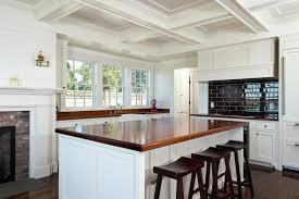 renover sa cuisine renover sa cuisine en chene renovation vieux meuble renover