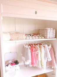 dressing chambre bebe quand une armoire chinée devient un joli dressing joli tipi