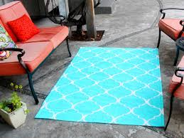 Aqua Outdoor Rug How To Stencil Paint An Outdoor Rug How Tos Diy