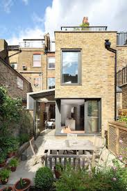 l shaped towhnome courtyards 210 best urban houses images on pinterest contemporary