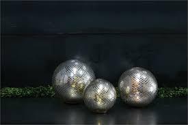 led spheres accent decor