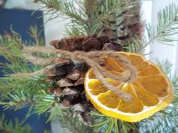 12 diy organic christmas decorations that will make your home look