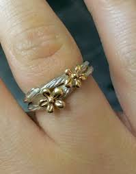 Wedding Ring On Right Hand by Show Me Your Right Hand Rings Weddingbee