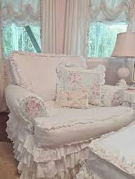 Shabby Chic Funiture by Best 25 Shabby Chic Chairs Ideas On Pinterest Refurbished