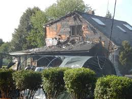 When A Stranger Calls House Shed Fire Scorches Dracut House Video Lowell Sun Online