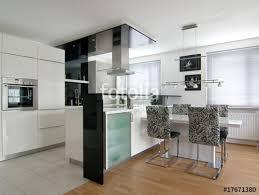 küche esszimmer küche esszimmer stockfotos und lizenzfreie bilder auf fotolia